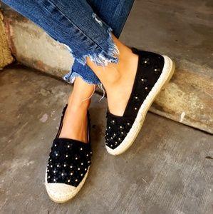 Shoes - 🆕️//The Audrey// Black flower espadrille